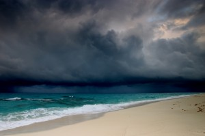 big-storm-clouds-over-beach-klein-300x199